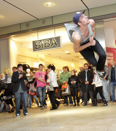 Robeat mit Breakdancer in Magdeburg